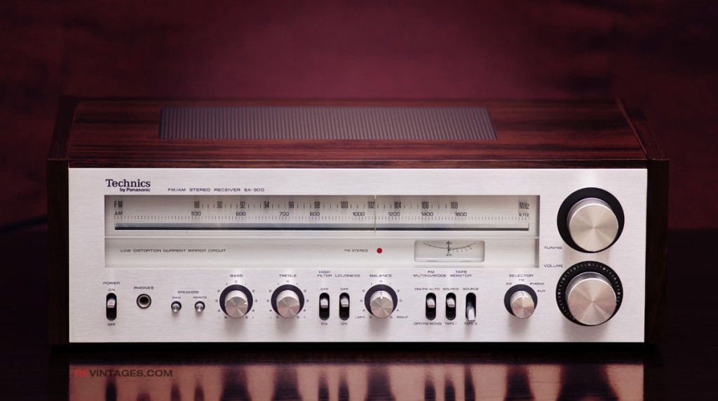 Technics SA-300 FM/AM Stereo Receiver